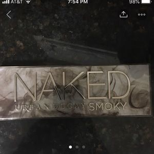 Urban Decay Naked Smoky eye palette